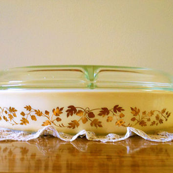 Pyrex Golden Acorn Divided Baking Dish, Pyrex Golden Touch Cinderella, Acorn and Oak, Series 963 Casserole