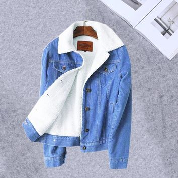Trendy Warm Winter denim jacket for women 2018 New Fashion Winter Wool lining Jeans Coat Women Bomber Jackets Female casaco feminino AT_94_13