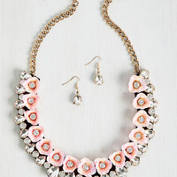 Brio in Bloom Necklace and Earring Set in Carnation | Mod Retro Vintage Necklaces | ModCloth.com