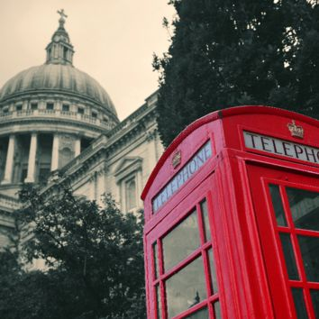 London St Paul's Cathedral With Red Phone Box