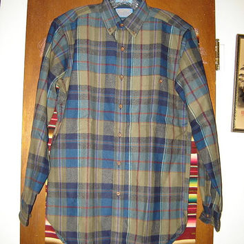 Mens Vintage Pendleton Wool Shirt S Small Plaid Earth Tones Made in USA