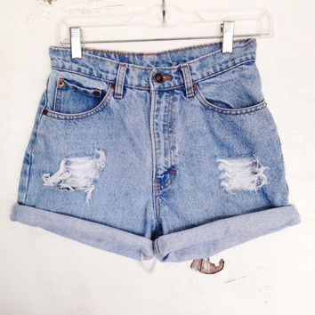 Size 3/4 Vintage Jordache High Waisted Denim Shorts Light Wash Jean Shorts