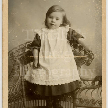 CDV Carte de Visite Photo - Victorian Little Girl Standing on Chair - Williams & Williams of Bristol Cardiff England Wales