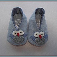 Baby Felt Applique Owl Shoes Blue Booties Slippers Children's Shoes In Size 6 to 9 Months.
