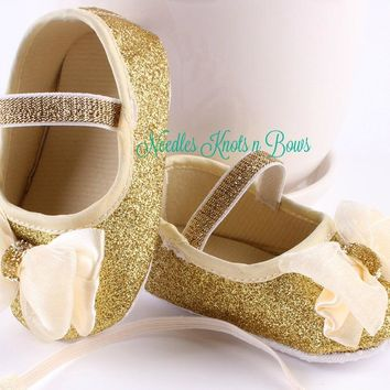 Baby Girls Gold Shoes with Ivory Bow, Infants, Toddlers First Walking Shoes, Gold Bow Shoes