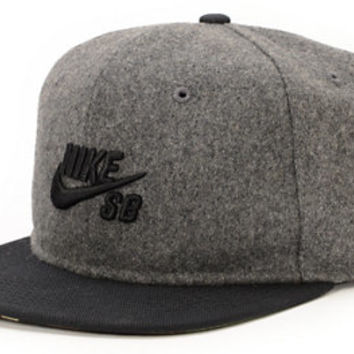 Nike SB Commander Grey & Black Snapback Hat
