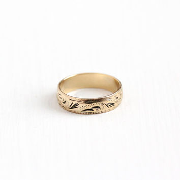 dating gold rings Shop for-and learn about-antique and vintage jade jewelry in jewelry gold jewelry gold bracelets gold chains gold rings sterling silver.