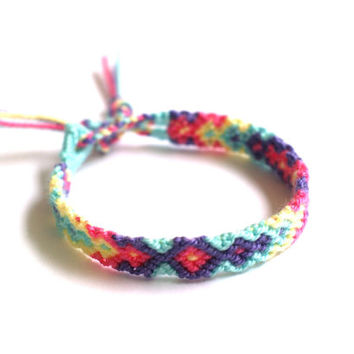 Friendship Bracelet. Soft Hued.