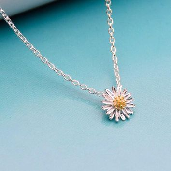 New Style Daisy Necklace pendant silver plated fashion wedding jewelry Lovely Korean style dropping shipping