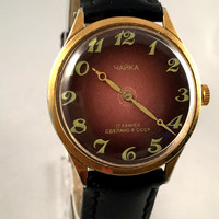 "Vintage men's  wristwatch ""Seagull"" (""Chaika"").Lovely Purple dial men's watch, round face watch.Gift for him"