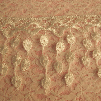Lace Fringe Trim, White,Victorian Style Lace ,Venise Lace Trim,Bridal Accessories,Altered art,Scrapbooking,Doll Apparel,Decorative Lace Trim