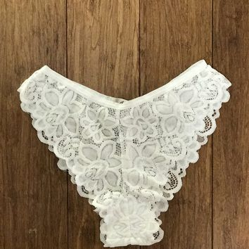 Darcey Cheeky Knickers in White