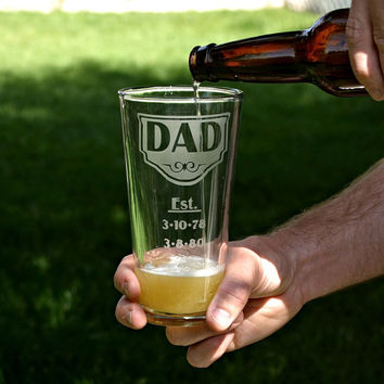Gift for Dad, 22oz etched glass personalized with Name, Est. & kids' birth dates, Fathers Day, Gift for him, Daddy Gift, under 20