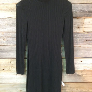 SHIMMER TURTLE NECK DRESS - BLACK