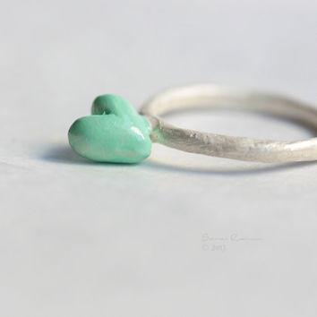 Mint Love Ring Cute Green Heart Sterling Silver White T14