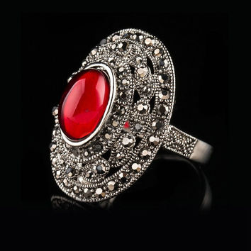 JENIA VINTAGE DESIGN MARCASITE RETRO SILVER PLATED RED STONE ROUND RING FOR WOMEN XR344