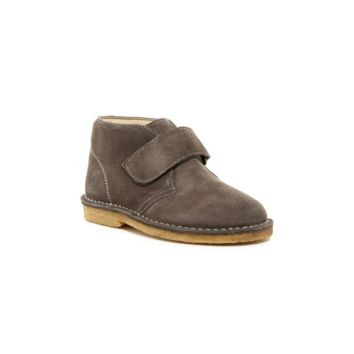 Suede Chukka Boot (Little Kid)