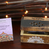 Lavender incense cone wooden box gift set, great little item. comes with 10 incense cones.