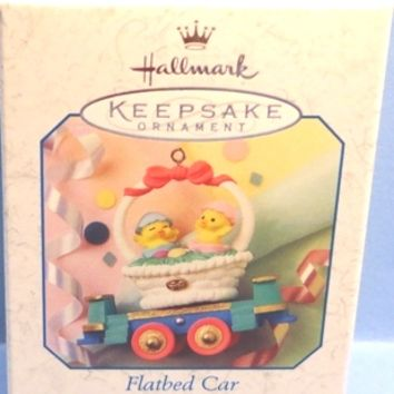 1999 Flatbed Car Hallmark Cottontail Express Series Retired Ornament