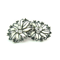 White Flower Earrings. Edelwiess, Rhinestones, Wedding Cake Style. Featherweight Celluloid, Bubbleite. Vintage 1950s Plastic Summer Jewelry