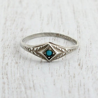 Vintage Sterling Silver Turquoise Blue Ring - Art Deco Size 7 Designer Uncas Jewelry / Filigree Embossed