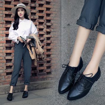 British Style Women's Shoes Retro Lace-Up Female Oxfords Pointed Toe Dress Brogue Shoes 3 Colors Size: 34--41