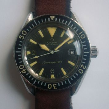 60s Omega Seamaster 300 Date Big Triangle Dial Ref.166.024 Men Divers Watch