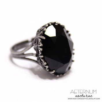Gothic wedding ring, alternative engagement ring - antique silver, Black Swarovski crystal stone - Victorian Gothic jewelry