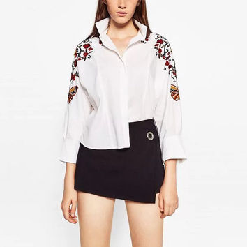 2016 Fashion Women Turn-down Collar Shirts Floral Embroidery Full Sleeve Button-down Female Casual Blouses GB8180-1128