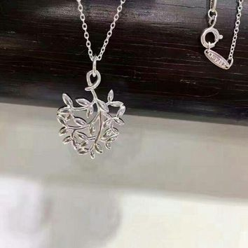 Tiffany heart-shaped olive leaf pendant necklace high quality