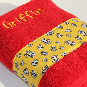 "Custom ""Griffin"" Skulls Towel"