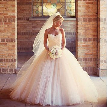 9072 Bridal Dress Lace Up Sweep Train Wedding Dress 2016 With Appliques Wedding Gowns Size 2-26W