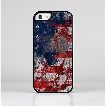 The Grungy American Flag Skin-Sert for the Apple iPhone 5c Skin-Sert Case