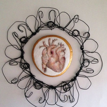 Wall Art - Pebbles Art - Anatomical Heart- Original Painting on stone - Golden edge - Painted pebbles - Wall art