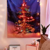 Snowy Christmas Tree Tapestry | Urban Outfitters