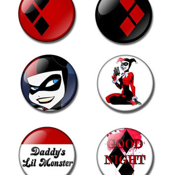25 or 38mm button badge / fridge magnet.  Harley Quinn