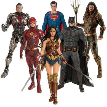 DC Justice League The Flash Cyborg Aquaman Wonder Woman Batman Superman Statue ARTFX Action Figures Collection Model Toy 17-18cm
