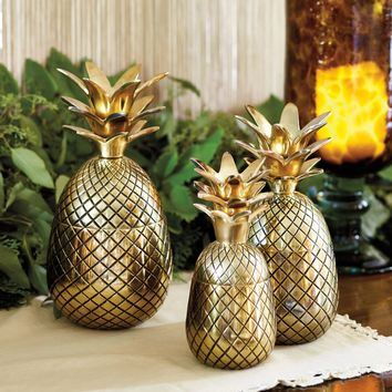 Bunny Williams Pineapple Trio