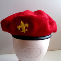 Boy Scout Vintage Red Wool Beret small 6 5/8- 6 3/4 MINT  BSA