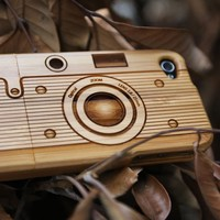 Bamboo Case for iPhone 4/4S (Camera)