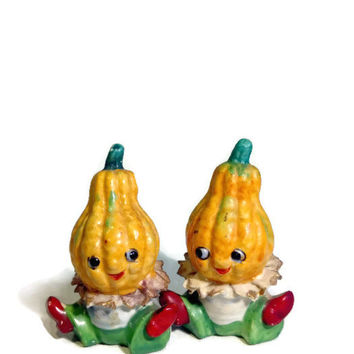Anthropomorphic Vintage Salt & Pepper Shakers - Collectible 40's Anthro Vegetable Babies Shakers - Country Chic, Cottage Chic, Shabby Chic