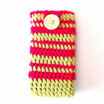 Crocheted lime green and fuchsia pink phone case iPhone smartphone blackberry Samsung anniversary gift custom made