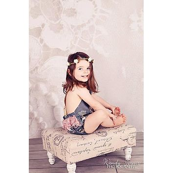Ivory Lace Backdrop - 7240