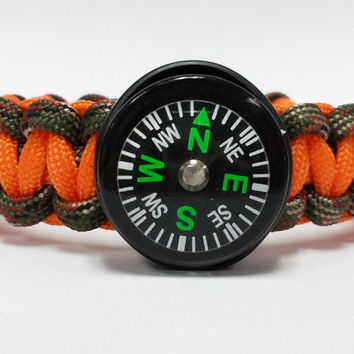 Compass Bracelet, Navigator Bracelet, Compass Paracord Bracelet, Compass Survival Bracelet, Custom Bracelet.26 Colors To Choose From