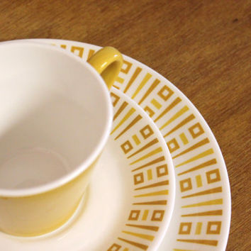 Vintage Syracuse China Syralite Cup Saucer and Luncheon Plate Geometric Design 3pc. Set