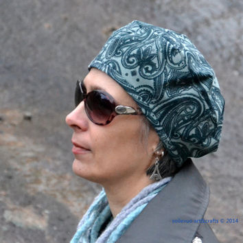 Beret made of teal paisley pattern velveteen fabric Autumn hat Gorgeous light blue silk lining Psychedelic blue fabric hat Dare to wear