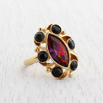 Vintage Red & Black Glass Stone Ring - Signed Sarah Coventry 1970s Gold Tone Adjustable Marquise Costume Jewelry / Java