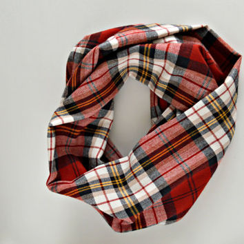 Plaid scarf, Warm Red winter Infinity Scarf, Plaid flannel scarf