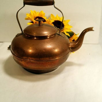 Rustic Copper Teapot Vintage Copper Kettle with Brass Handle Farmhouse Chic Cottage Chic Rustic Kitchen Decor