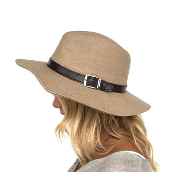 Stolen By Grace Buckle Hat In Taupe